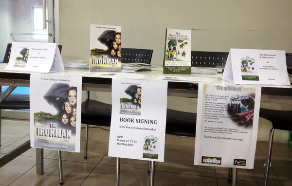 successful-book-signing-event
